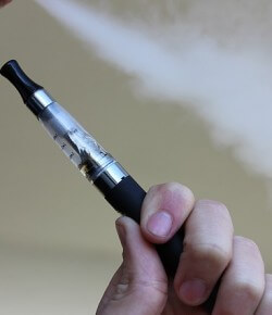 E-papierosy – co to jest? Czy legalne, przepisy?