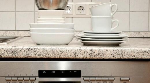 Zmywarki zużywają coraz mniej prądu i wody – co jeszcze musisz wiedzieć?