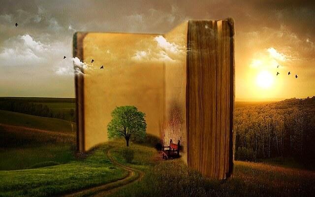 Drzewo wychodzące z otwartej książki