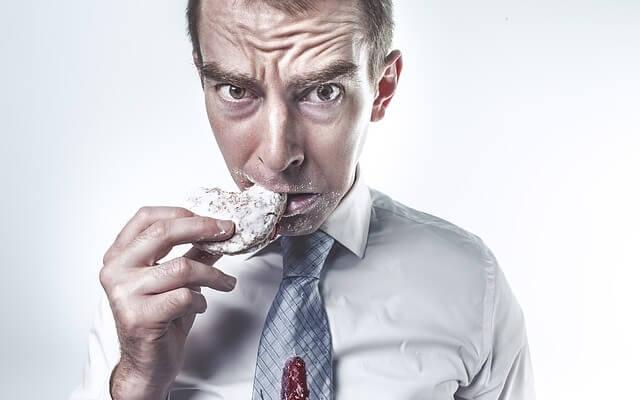 Jak powstrzymać apetyt i przestać się objadać?