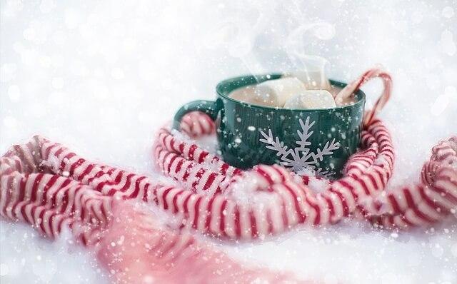 5 rozgrzewających napojów na zimę czyli ciepło płynące z kubka