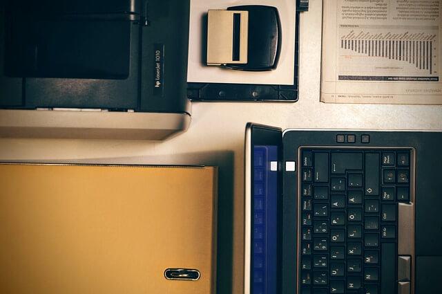 akcesoria i sprzęty biurowe