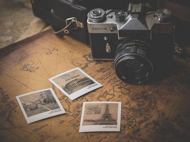 Aparat, mapa i zdjęcia