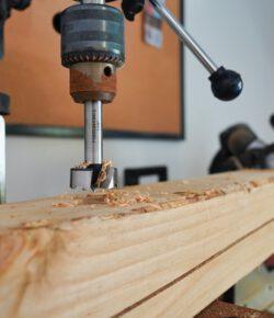 Jakie są rodzaje wierteł do metalu a jakie do drewna? Jak dobrze wybrać wiertło?